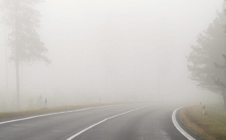 7 Dicas essenciais para dirigir na neblina com mais segurança